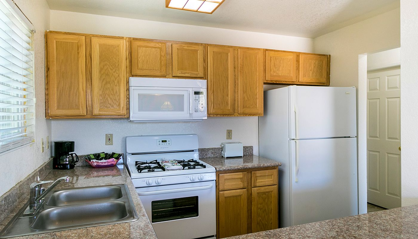 One Bedroom Suites - Sunnyvale Suites - 29 Palms CA